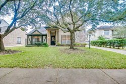 Photo of 1827 Riverbend Crossing, Sugar Land, TX 77478 (MLS # 14929559)