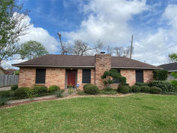Photo of 303 Lotus Street, Lake Jackson, TX 77566 (MLS # 15892803)