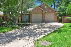 Photo of 90 W Honey Grove Place, The Woodlands, TX 77382 (MLS # 15955272)