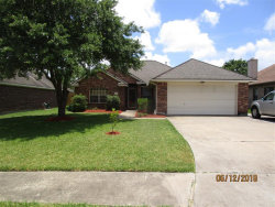 Photo of 137 Papaya Street, Lake Jackson, TX 77566 (MLS # 16200092)