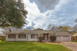Photo of 414 Kirby Drive, West Columbia, TX 77486 (MLS # 20183563)