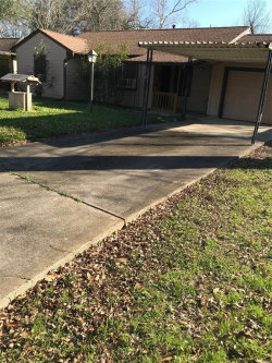 Photo of 1024 Meadow Lane, Angleton, TX 77515 (MLS # 2025609)