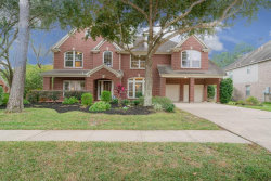 Photo of 800 Shadie Pine Lane, Friendswood, TX 77546 (MLS # 2253943)
