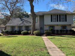 Photo of 104 E Poinciana Street, Lake Jackson, TX 77566 (MLS # 25458956)