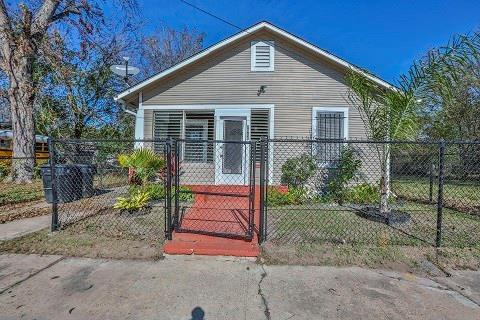 Photo for 2811 Drew Street, Houston, TX 77004 (MLS # 2789763)