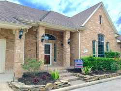 Photo of 75 Champion Villa Drive, Houston, TX 77069 (MLS # 28182526)
