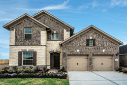 Photo of 7704 River Pass Drive, Pearland, TX 77581 (MLS # 28251952)