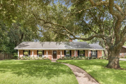 Photo of 302 Forest Drive, Lake Jackson, TX 77566 (MLS # 28712983)