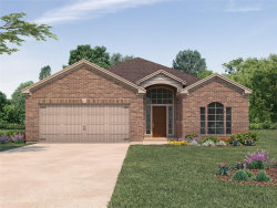 Photo of 532 Wellshire Drive, West Columbia, TX 77486 (MLS # 29149760)