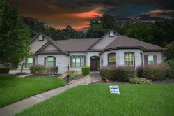 Photo of 103 Williamsburg Avenue, Clute, TX 77531 (MLS # 29927663)