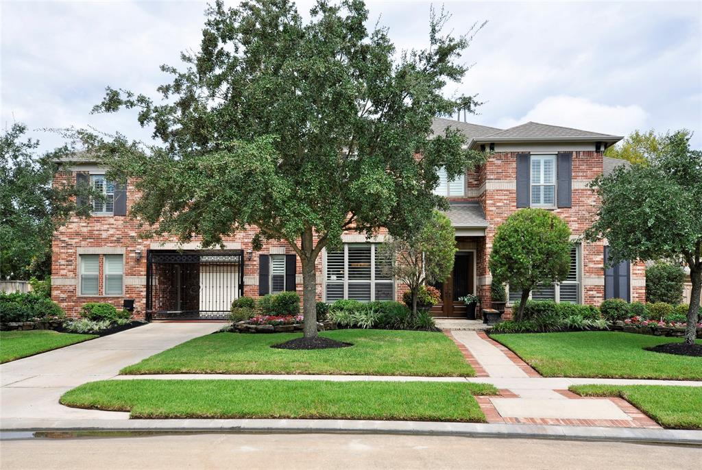 Photo for 110 Windrose Court, Jersey Village, TX 77064 (MLS # 31874137)