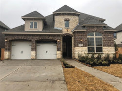 Photo of 11703 Cascade Falls, Pearland, TX 77584 (MLS # 31896720)