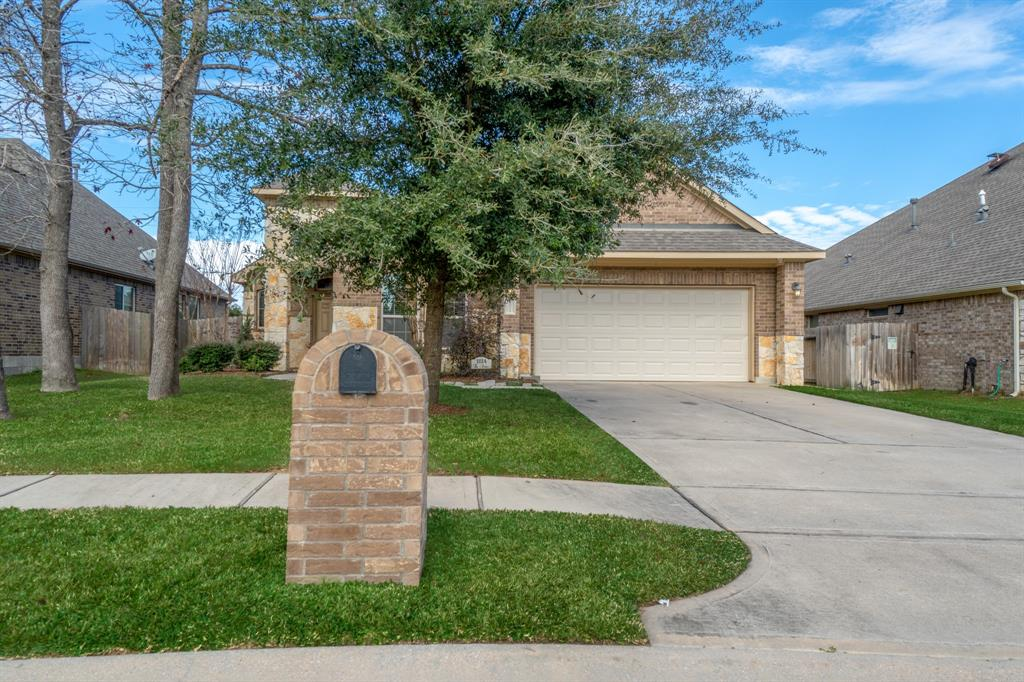 Photo for 11114 Roundtable Drive, Tomball, TX 77375 (MLS # 31969806)