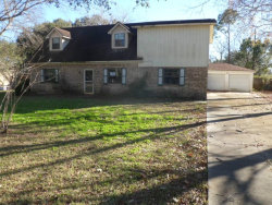 Photo of 174 E Hospital Drive, Angleton, TX 77515 (MLS # 32963915)