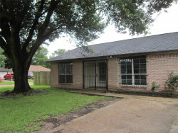 Photo of 342 Casa Grande Drive, Houston, TX 77060 (MLS # 33149558)