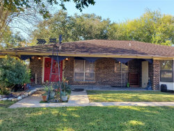 Photo of 3918 Lance Street, Highlands, TX 77562 (MLS # 36052451)