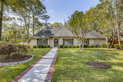Photo of 608 W Castlewood Avenue, Friendswood, TX 77546 (MLS # 36443260)
