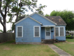 Photo of 508 August Street, El Campo, TX 77437 (MLS # 37371139)