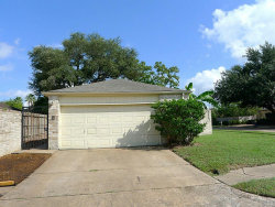 Photo of 11834 S Youngwood Lane, Houston, TX 77043 (MLS # 37375564)