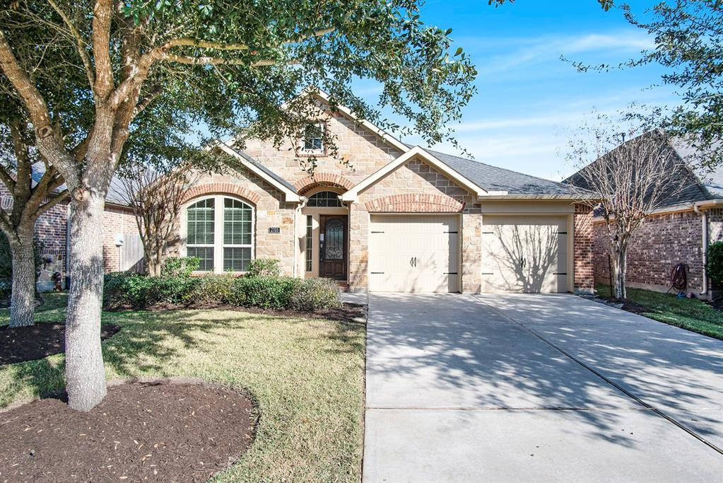 Photo for 2703 Misty Laurel Court, Katy, TX 77494 (MLS # 37450427)