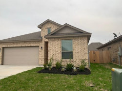 Photo of 781 Rosewood Lane, Angleton, TX 77515 (MLS # 39501709)
