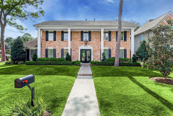 Photo of 10903 Candlewood Drive, Houston, TX 77042 (MLS # 402103)