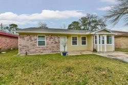 Tiny photo for 2313 30th Avenue N, Texas City, TX 77590 (MLS # 41963900)