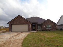 Photo of 107 Liberty Lane, Clute, TX 77531 (MLS # 42839606)