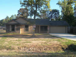 Photo of 10814 Royal Forest Drive, Conroe, TX 77303 (MLS # 43227129)
