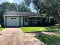 Photo of 213 Ringgold Street, West Columbia, TX 77486 (MLS # 45264139)