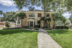 Photo of 2902 Woodland Ridge Drive, Houston, TX 77345 (MLS # 45333888)