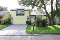 Photo of 7606 Hollow Glen Lane, Houston, TX 77072 (MLS # 45703117)