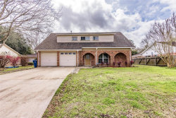 Photo of 4912 Old Castle Lane, Dickinson, TX 77539 (MLS # 46099880)