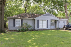 Photo of 1925 Chippendale Road, Houston, TX 77018 (MLS # 46150196)
