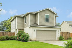 Photo of 405 N Amherst Drive, West Columbia, TX 77486 (MLS # 46257507)