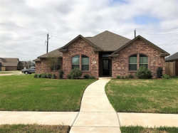 Photo of 105 Rock Rose Lane, Lake Jackson, TX 77566 (MLS # 4689175)