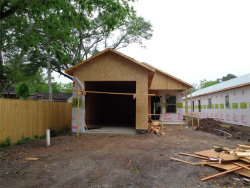 Photo of 318 W Live Oak Street, Angleton, TX 77515 (MLS # 48937551)