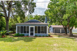 Photo of 106 S 11th Street, Highlands, TX 77562 (MLS # 50592571)