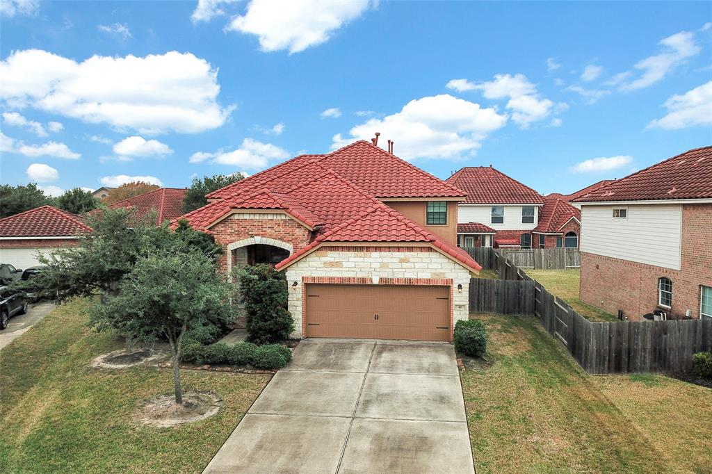 Photo for 42 Pebble Beach Court, Jersey Village, TX 77064 (MLS # 51149688)