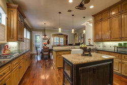 Photo of 2 Cedar Chase Place, The Woodlands, TX 77381 (MLS # 53036984)