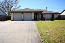 Photo of 408 Oleander Street, Lake Jackson, TX 77566 (MLS # 53757559)