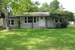 Photo of 211 N Shady Oaks Street, Lake Jackson, TX 77566 (MLS # 54736230)