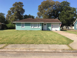 Photo of 110 Laurel, Lake Jackson, TX 77566 (MLS # 55464860)