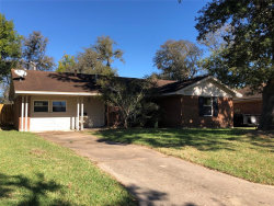 Photo of 215 Mimosa Street, Lake Jackson, TX 77566 (MLS # 56935804)