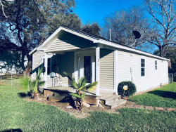 Photo of 1101 E Kyle Road, Clute, TX 77531 (MLS # 5819465)