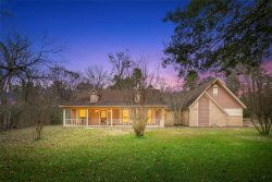 Photo of 98 Briar Meadow, Huntsville, TX 77320 (MLS # 58470125)