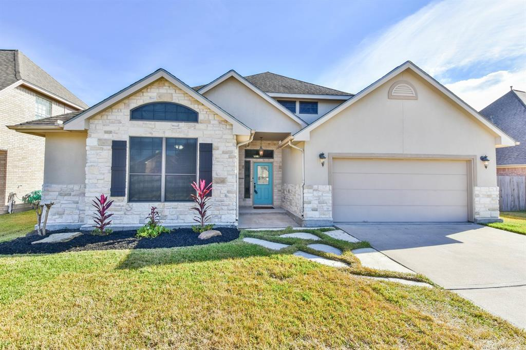 Photo for 913 Park Green Drive, Deer Park, TX 77536 (MLS # 58940703)