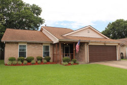 Photo of 709 Canyon Springs Drive, La Porte, TX 77571 (MLS # 60825818)