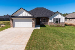 Photo of 125 Concord Avenue, Clute, TX 77531 (MLS # 6144573)