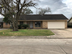 Photo of 310 Walnut Street, Lake Jackson, TX 77566 (MLS # 61534836)